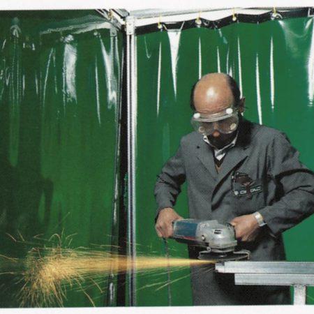 Защитные сварочные шторы из негорючего материала
